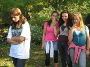 bullied-teen-girl